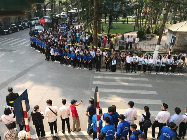 Linh cữu nguyên Tổng Bí thư Đỗ Mười đã về quê nhà Thanh Trì - 54