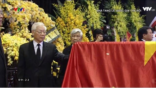 Linh cữu nguyên Tổng Bí thư Đỗ Mười đã về quê nhà Thanh Trì - 48