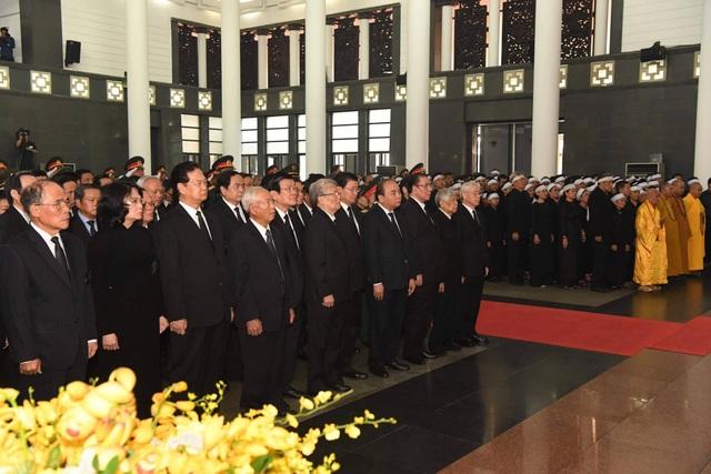 Linh cữu nguyên Tổng Bí thư Đỗ Mười đã về quê nhà Thanh Trì - 47