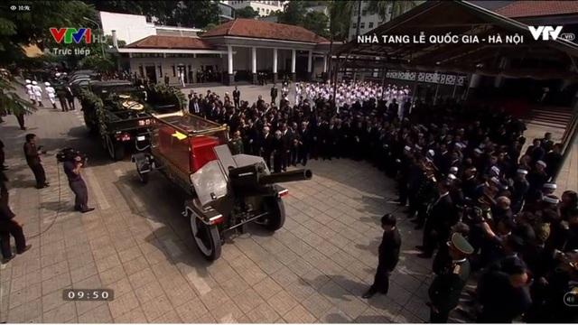 Linh cữu nguyên Tổng Bí thư Đỗ Mười đã về quê nhà Thanh Trì - 35