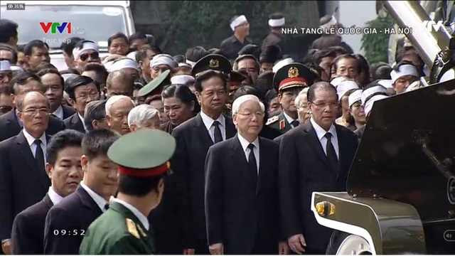 Linh cữu nguyên Tổng Bí thư Đỗ Mười đã về quê nhà Thanh Trì - 36
