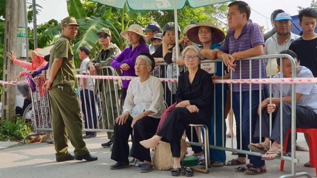 Linh cữu nguyên Tổng Bí thư Đỗ Mười đã về quê nhà Thanh Trì - 60