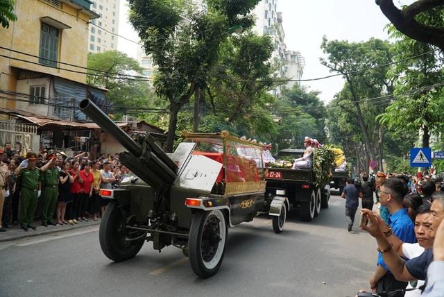 Linh cữu nguyên Tổng Bí thư Đỗ Mười đã về quê nhà Thanh Trì - 29