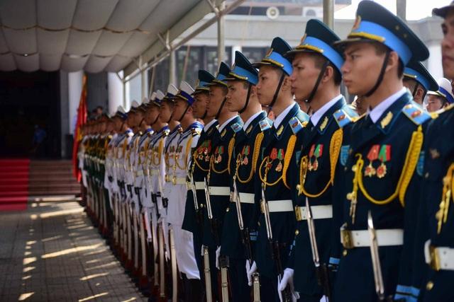 Linh cữu nguyên Tổng Bí thư Đỗ Mười đã về quê nhà Thanh Trì - 57