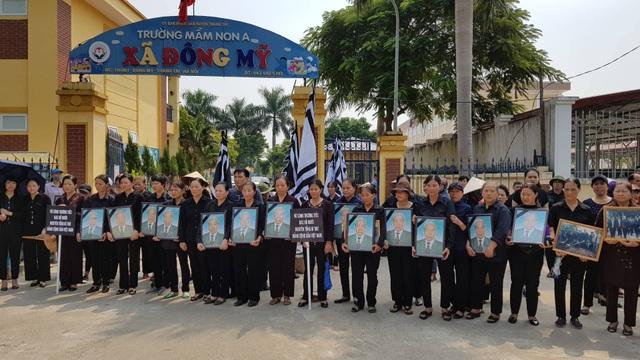 Linh cữu nguyên Tổng Bí thư Đỗ Mười đã về quê nhà Thanh Trì - 27
