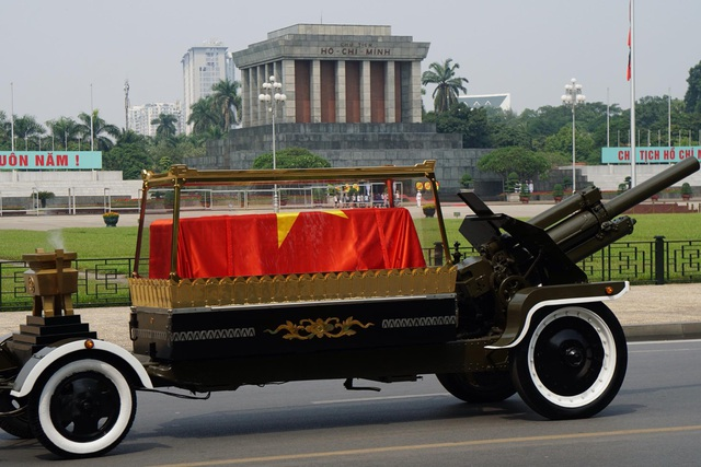 Linh cữu nguyên Tổng Bí thư Đỗ Mười đã về quê nhà Thanh Trì - 19