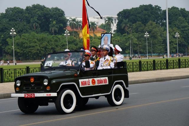 Linh cữu nguyên Tổng Bí thư Đỗ Mười đã về quê nhà Thanh Trì - 22