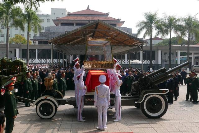 Linh cữu nguyên Tổng Bí thư Đỗ Mười đã về quê nhà Thanh Trì - 39