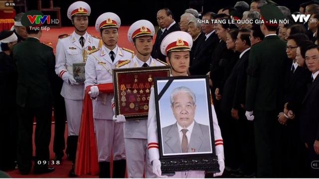 Linh cữu nguyên Tổng Bí thư Đỗ Mười đã về quê nhà Thanh Trì - 46
