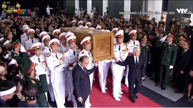 Linh cữu nguyên Tổng Bí thư Đỗ Mười đã về quê nhà Thanh Trì - 44