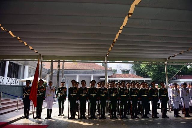 Linh cữu nguyên Tổng Bí thư Đỗ Mười đã về quê nhà Thanh Trì - 59