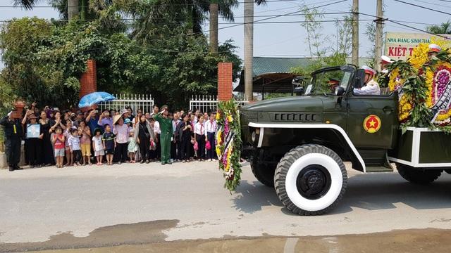 Linh cữu nguyên Tổng Bí thư Đỗ Mười đã về quê nhà Thanh Trì - 3