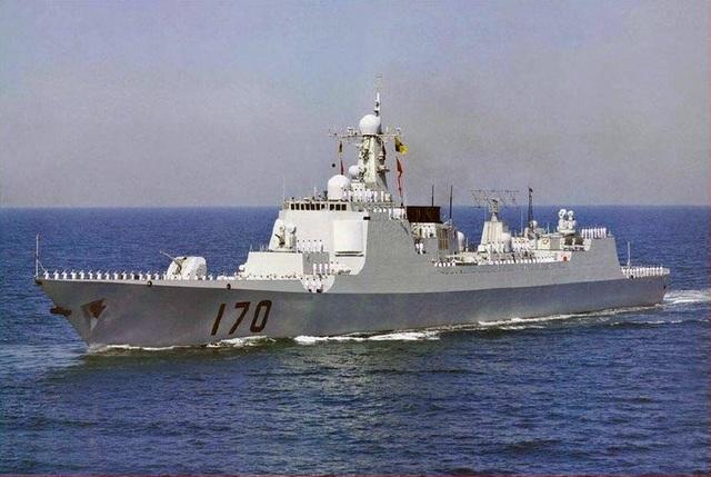 Tàu khu trục lớp Luyang II (Ảnh: BI)