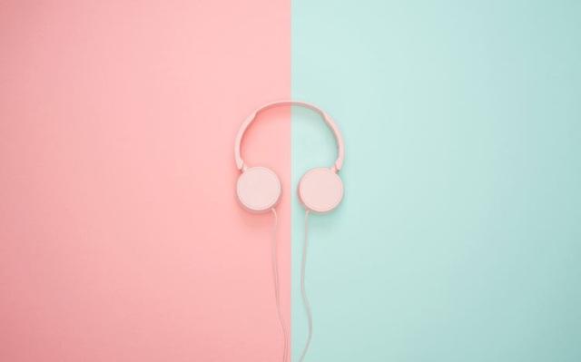 Nghe nhạc khi làm việc ảnh hưởng thế nào đến não bộ của bạn? - 1