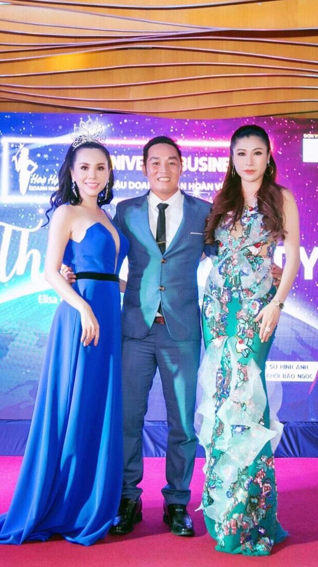 Ông bầu Hưng cùng Hoa hậu Hải Vi (bên phải) - Hoa hậu đầu tay của cuộc thi Hoa hậu doanh nhân hoàn vũ năm 2017