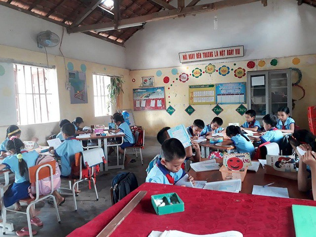 Học sinh tiểu học tại huyện Quảng Trạch, Quảng Bình