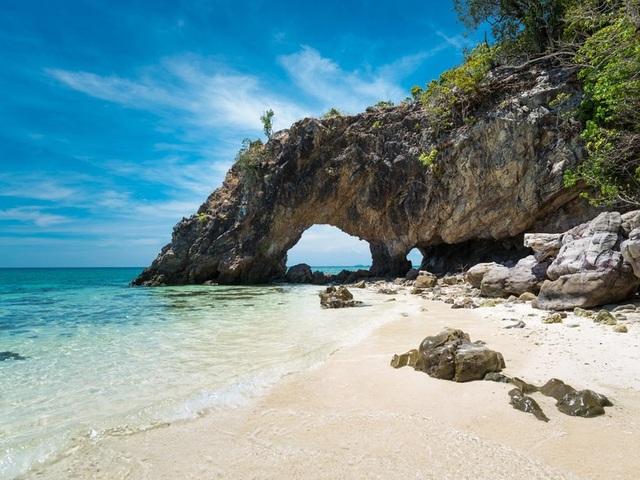 10 bãi biển tuyệt đẹp có nguy cơ biến mất - 1