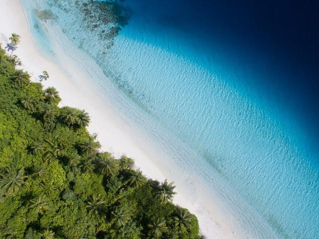 10 bãi biển tuyệt đẹp có nguy cơ biến mất - 5