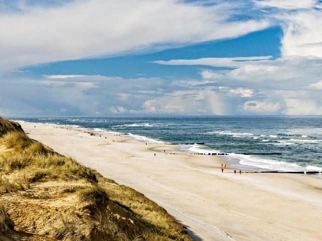 10 bãi biển tuyệt đẹp có nguy cơ biến mất - 9