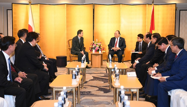 Thủ tướng Nguyễn Xuân Phúc tiếp một số doanh nghiệp Nhật Bản tại Tokyo, ngày 8/10