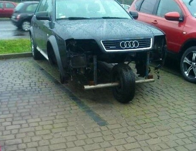 Và đương nhiên thực tế cũng đã chứng minh một chiếc xe hơi chỉ có 3 bánh vẫn có thể chạy tốt!