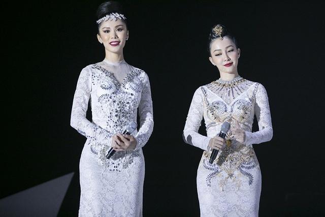 Chia sẻ sau phần biểu diễn, nghệ sĩ Linh Nga và hoa hậu đều dành nhiều lời khen cho nhau sau thời gian ngắn cùng làm việc chung. Linh Nga cho biết, cả hai đã tập luyện rất vất vả trong 3 ngày để có được phần trình diễn ăn ý này. Cô cũng cảm thấy bất ngờ với sự chuyên nghiệp của hoa hậu Nhật.