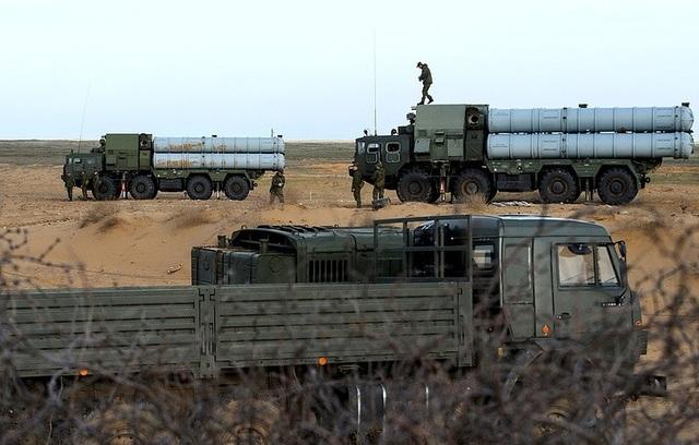 Nga gấp rút chuyển S-300 giúp Syria tăng cường năng lực phòng không. (Ảnh: TASS)