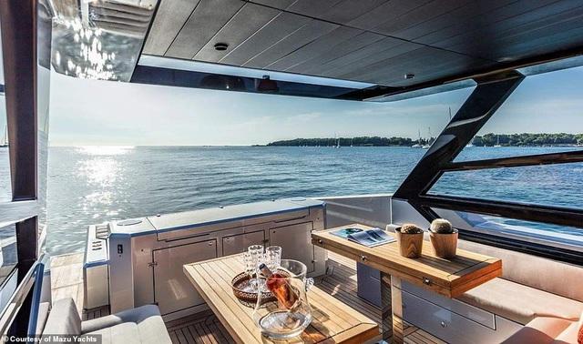 Du thuyền cao tốc sang trọng nhất thế giới với giá 24 tỉ đồng trông như thế nào? - 7