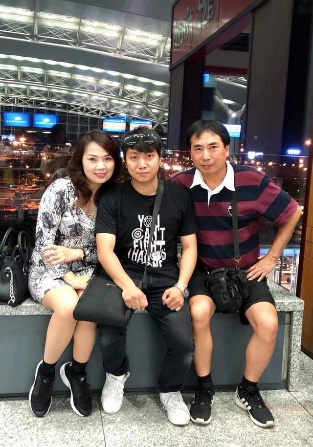 NSND Thái Bảo, NSUT Anh Tuấn và con trai Bảo Anh.