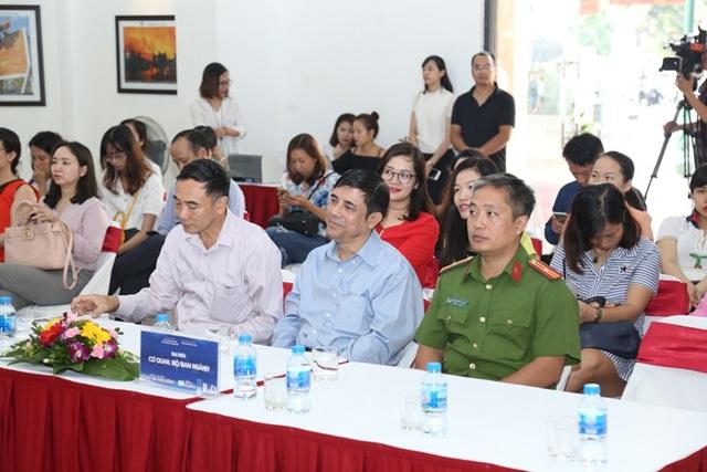 Đại diện Bộ/Ban/Ngành tại buổi Khai mạc triển lãm ảnh PCCC và CNCH