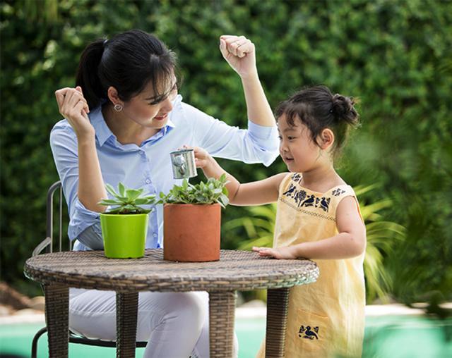 Học Hoa hậu Hương Giang cách nuôi dưỡng tiềm năng của con - 1