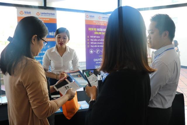 Ví Việt tham dự Hội thảo quốc tế thường niên ngành Ngân hàng - Tài chính lần thứ 7 - 3