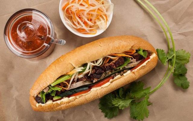 Bánh mì là một món ăn dân dã tại Việt Nam. Đây được đánh giá là một trong món ăn mà du khách phải thử khi tới Việt Nam, đặc biệt tại các thành phố lớn như Hà Nội, Hồ Chí Minh hay phố cổ Hội An. Món bánh mì giòn rụm bên ngoài, mềm và mọng nước bên trong, ăn với thịt lợn, các loại rau sống, chả, xúc xích, pate và nhiều nguyên liệu khác gia giảm tùy theo mỗi vùng miền. Theo bảng xếp hạng từ website du lịch uy tín traveller.com.au của nước Úc, cùng với nhiều món sandwich khác, bánh mì Việt Nam được nhiều du khách cực kỳ yêu thích và có tên trong bảng xếp hạng 10 món sandwich ngon nhất thế giới.