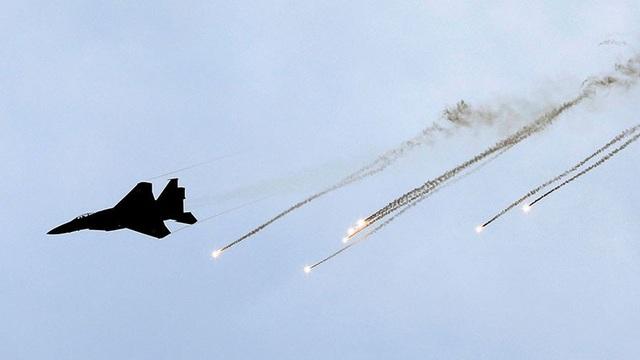 Máy bay chiến đấu F-15 của Israel (Ảnh: RT)