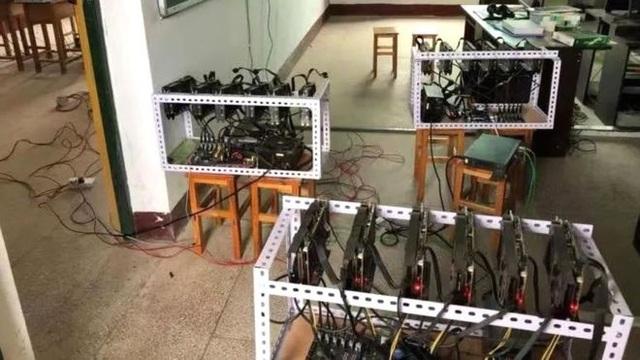 Các máy đào tiền ảo bị phát hiện (Ảnh: Weibo)