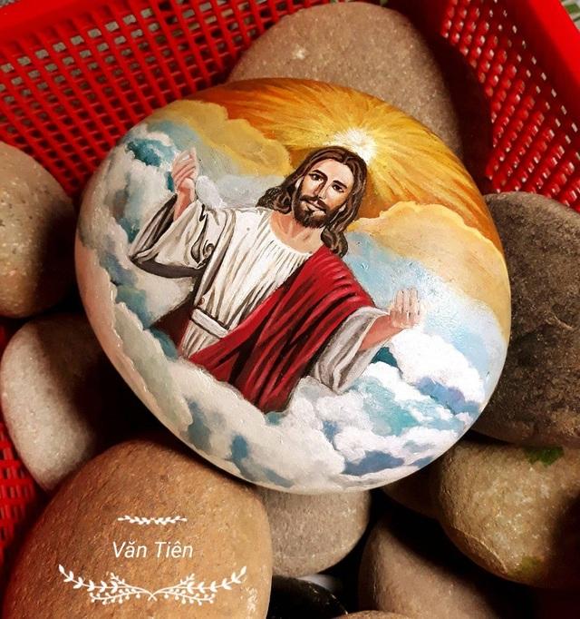 Bức tranh trên đá cuội sống động như thật của chàng trai Thái Bình - 9