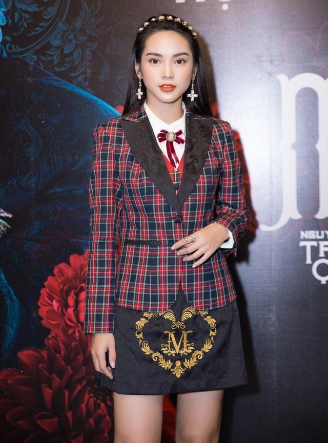 Quỳnh Lương đảm nhận nữ chính trong MV Màu nước mắt của Nguyễn Trần Trung Quân