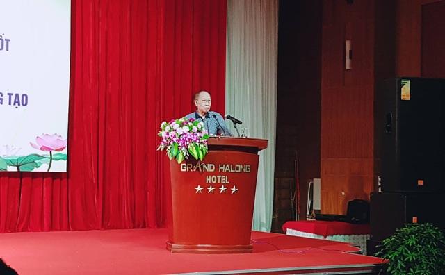 Phát biểu tại buổi lễ, ông Phạm Huy Hoàn - Ủy viên Thường vụ BCHTW Hội Khuyến học Việt Nam, Tổng biên tập báo Dân trí, Giám đốc Quỹ Khuyến học Việt Nam đánh giá cao những nỗ lực của Hội Khuyến học tỉnh Quảng Ninh cũng như thành tích ngành Giáo dục tỉnh đạt được trong thời gian qua.