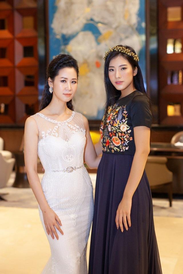 Phương Anh - Người đẹp Thời trang của Hoa hậu Việt Nam 2016 cũng đến dự.