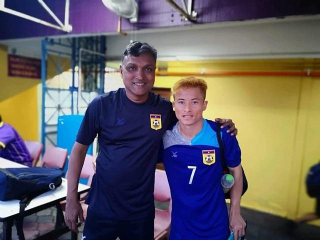 Soukaphone Vongchiengkham sẽ tiếp tục cống hiến cho đội tuyển Lào