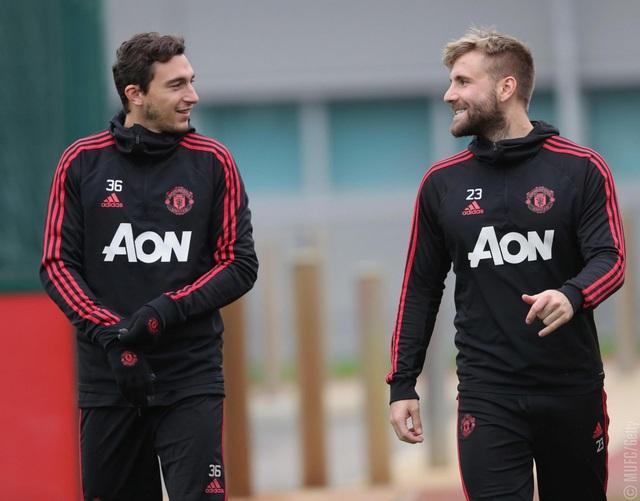 Darmian và Shaw, những hậu vệ cánh của Man Utd