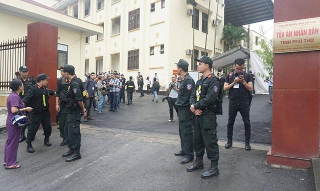 Bị cáo Phan Văn Vĩnh đề nghị không đăng bản án lên cổng thông tin của tòa - 22