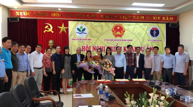 3 bác sĩ nội trú giỏi của BV Nhi Trung ương sẽ làm việc liên tục trong 3 tháng tại BV Đa khoa huyện Mường Khương.