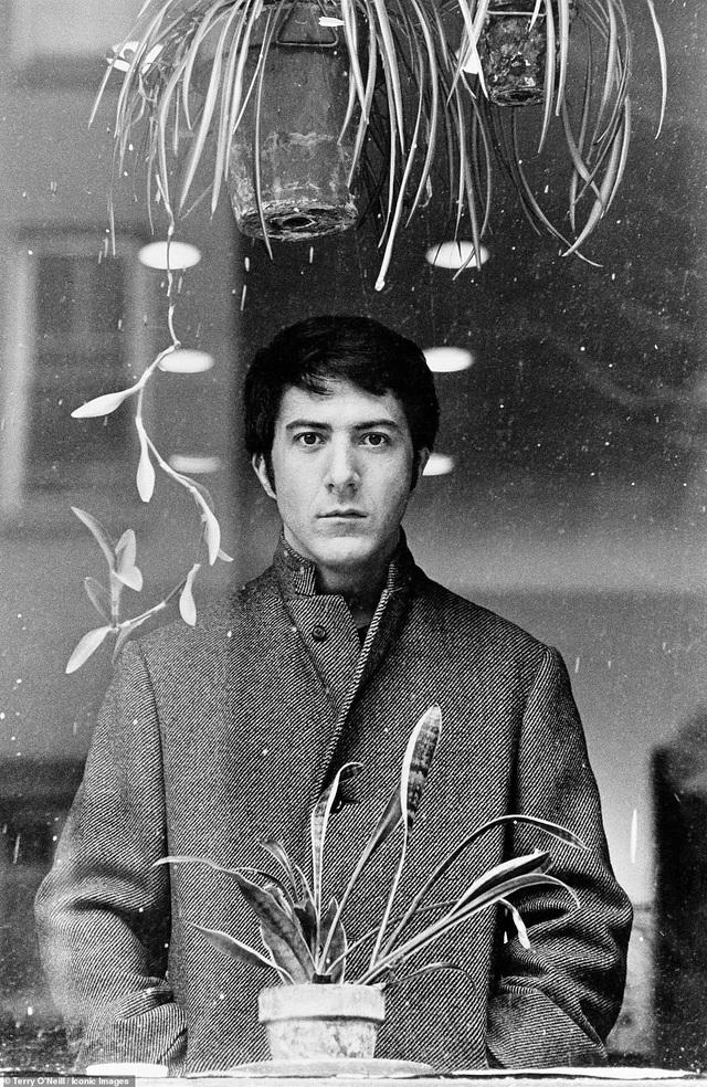 """Nam diễn viên Dustin Hoffman trên phim trường """"John & Marry"""" hồi năm 1969."""