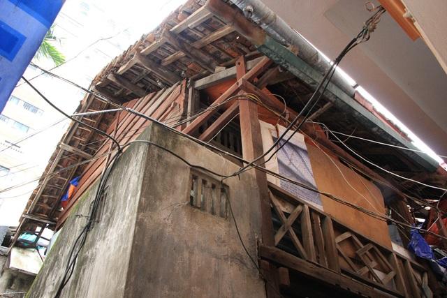 Khu Nhà khách Tỉnh ủy Lai Châu đang bị xuống cấp trầm trọng. Tháng 12/2017, TP Hà Nội có văn bản gửi UBND tỉnh Điện Biên đề nghị bàn giao lại nhà khách này cho TP quản lý, sử dụng để xây trường mầm non công lập.
