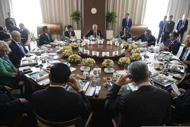 Cuộc họp của Tổng thống Putin với các nhà lãnh đạo Đông Nam Á. (Ảnh: Eurasian Commission)