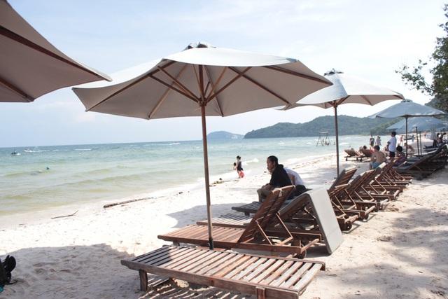 Những bãi cát trắng mịn ở bãi Sao (Phú Quốc)