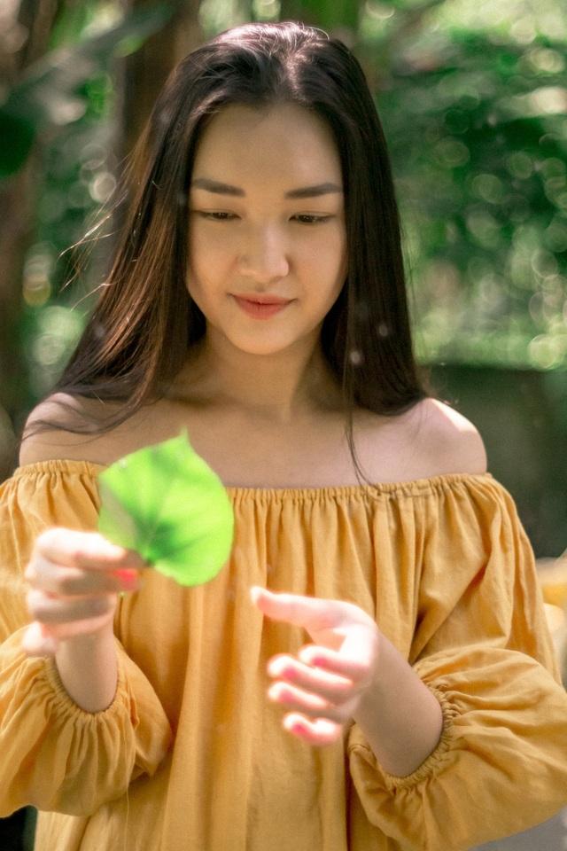 """Nhan sắc """"Nàng thơ xứ Huế"""" trên các chuyến bay Việt Nam và truyền hình Hàn Quốc - 21"""
