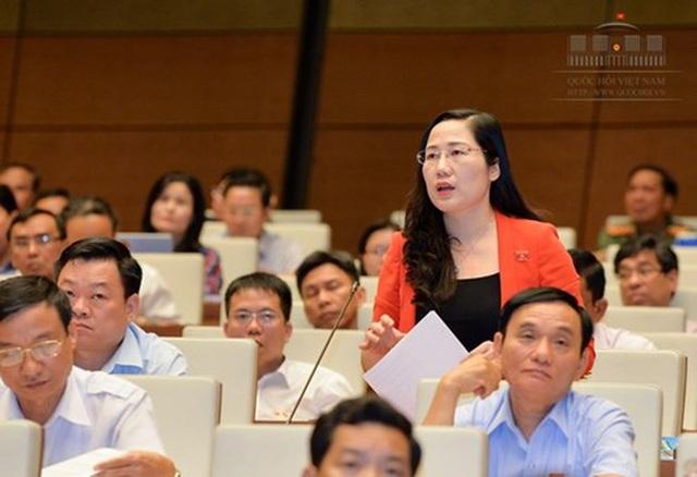 Đại biểu Nguyễn Thị Thuỷ - Uỷ viên thường trực Uỷ ban Tư pháp của Quốc hội.