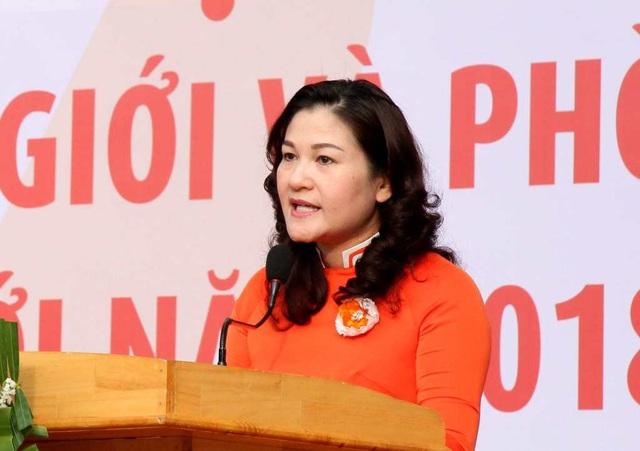 Thứ trưởng Bộ LĐ-TB&XH Nguyễn Thị Hà phát biểu tại buổi lễ